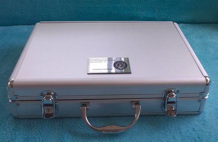 Алуминиево куфарче 2 кавалa
